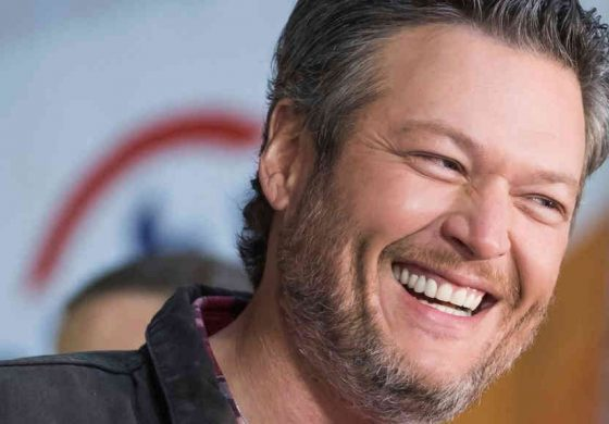 Blake Shelton Named People's 2017 'Sexiest Man Alive'