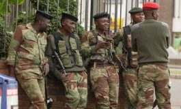 Zimbabwe Tension Simmers, on Both Sides of Border
