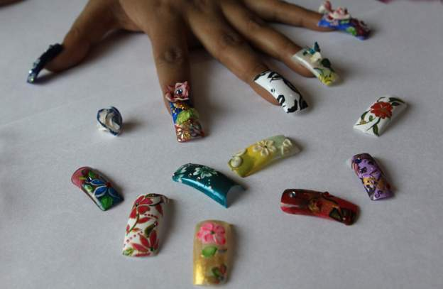 Fake Nails Banned in Tanzania Parliament